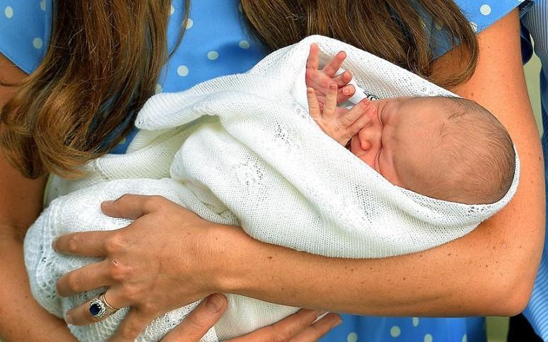 Duchess_baby_in_bl_2625679k