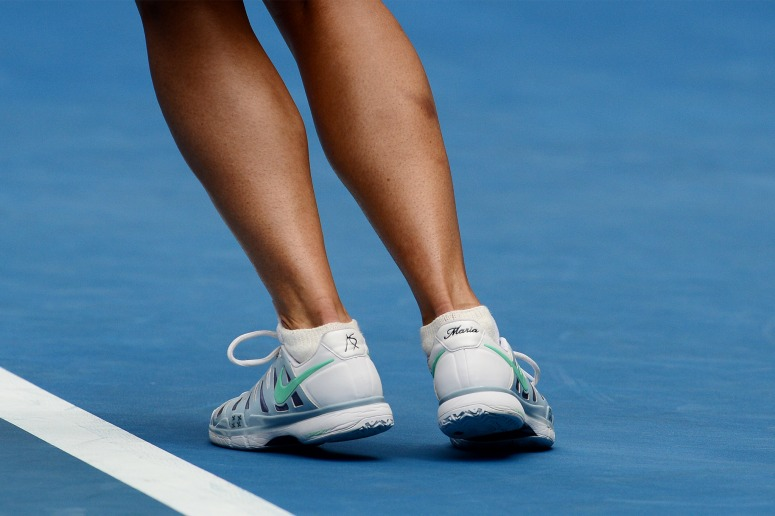Maria Sharapova with her name at the back of her NikeID Zoom Vapor 9 Tour